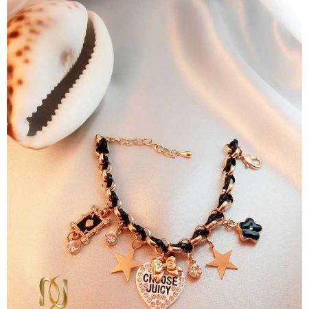 دستبند دخترانه فشن آویزدار با تم طلایی مشکی ds-n106 طرح قلب و ستاره