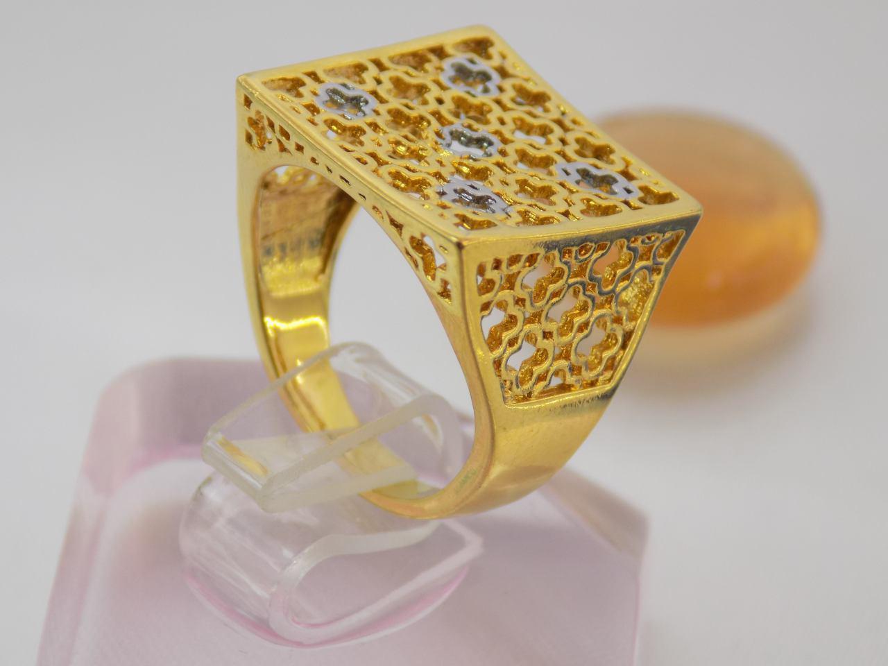 انگشتر زنانه استیل مربعی طرح طلا rg-n111