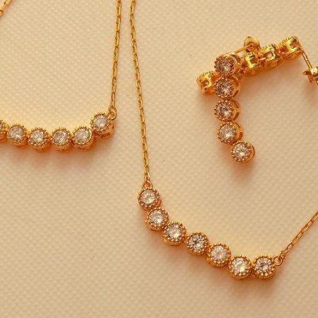 سرویس زنانه طرح طلا تمام استیل نگین دار کریستالی se-n100 از بالا