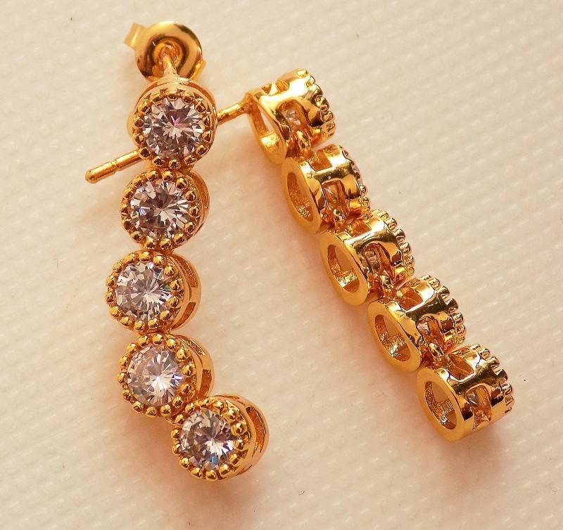 سرویس زنانه طرح طلا تمام استیل نگین دار کریستالی se-n100