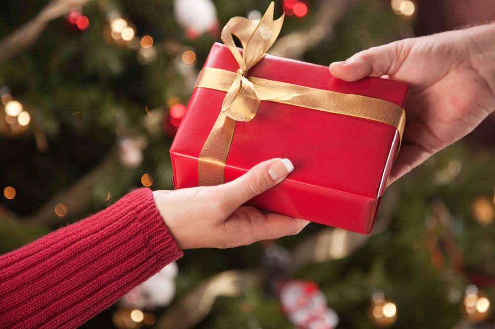 روش هدیه دادن - چگونه هدیه بدهیم و چونه هدیه انتخاب کنیم