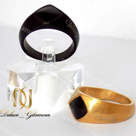 انگشتر مردانه لوکس Vitaly در دو رنگ طلایی و مشکی rg-n141 طلایی مشکی کنار استند
