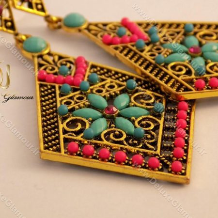 گوشواره زنانه برنجی رنگی طرح لوزی er-n103 از کنار