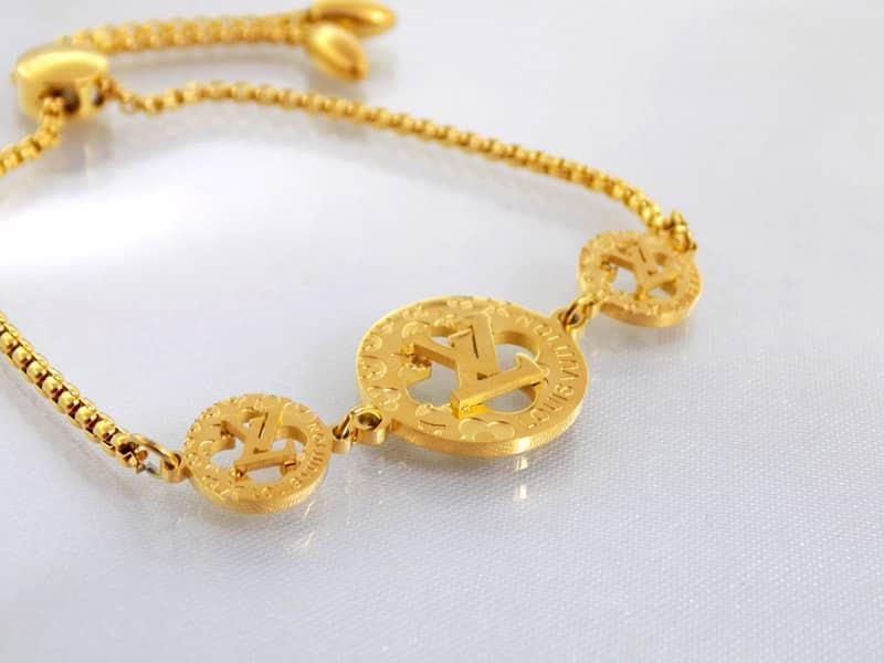 دستبند دخترانه مارشالی Louis Vuitton کد ds-126 سمت چپ