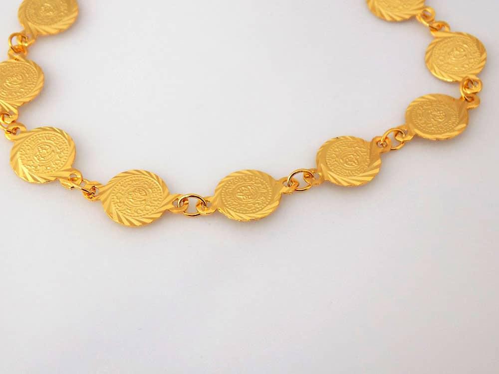 دستبند سکه ای طرح طلا دخترانه - سکه ریز ds-n12 از نمای دیگر