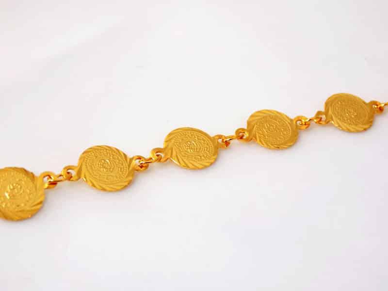 دستبند سکه ای طرح طلا دخترانه - سکه ریز ds-n12 از نزدیک