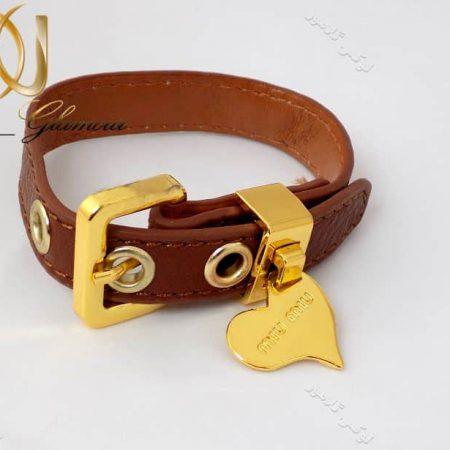دستبند چرمی دخترانه قهوه ای آویزدار قلب ds-n134