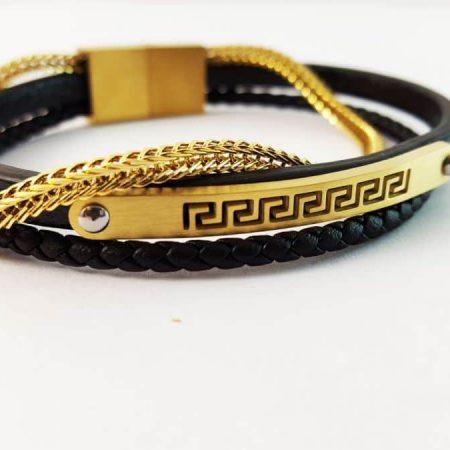 دستبند چرمی مردانه مشکی-طلایی زنجیری 3 ردیفه ch-201 از روبرو کنار