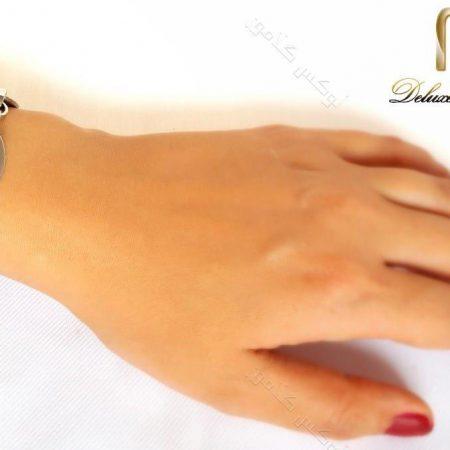 دستبند دخترانه زنجیری نقره ای استیل اسپرت ds-n137 روی دست