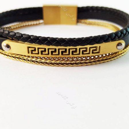 دستبند چرمی مردانه مشکی-طلایی زنجیری 3 ردیفه ch-201 از روبرو