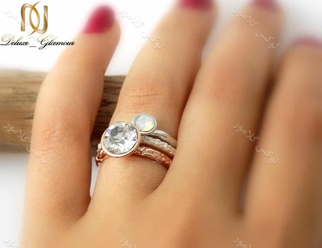 انگشتر دخترانه سه ردیفه کلیو با المان های سواروسکی rg-n123 روی انگشت