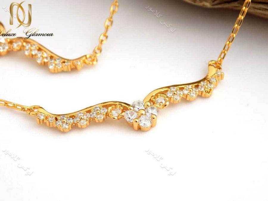 سرویس کامل طرح طلا زنانه ظریف استیل se-n94 گردنبند از نزدیک بالا