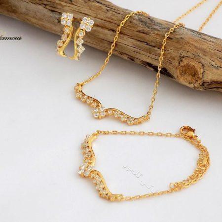 سرویس کامل طرح طلا زنانه ظریف استیل se-n94 کنار دکور کامل