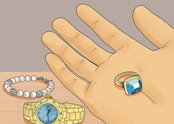 aid1374875 v4 728px Display Jewelry Step 1 Version 2 | ویترین زیورآلات