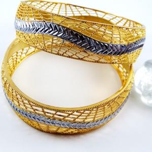 دستبند زنانه استیل طلایی دو رنگ pr-b133. سایز 3