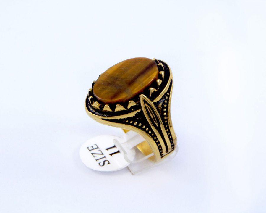 انگشتر مردانه استیل سنگ عقیق با روکش آب طلای 18 عیار pr-m110 از نمای نزدیک