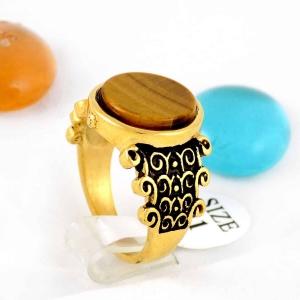 انگشتر مردانه استیل طرح سنگ عقیق با روکش آب طلای 18 عیار pr-ma112 از نمای کنار