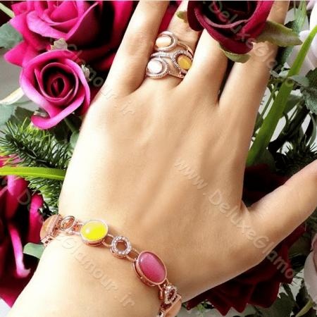 دستبند دخترانه فانتزی کلیو با کریستال های سواروکسی و اپال رنگی ds-n92 روی دست