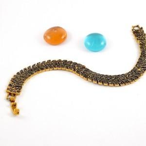 دستبند زنانه استیل 18 سانتی با نگین های درخشان مارکازیت ds-n163 از نمای دور