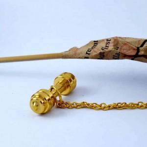 گردنبند دمبل استیل رشته ورزشی بدنسازی با روکش آب طلای 18 عیار pr-m107 از نمای کنار