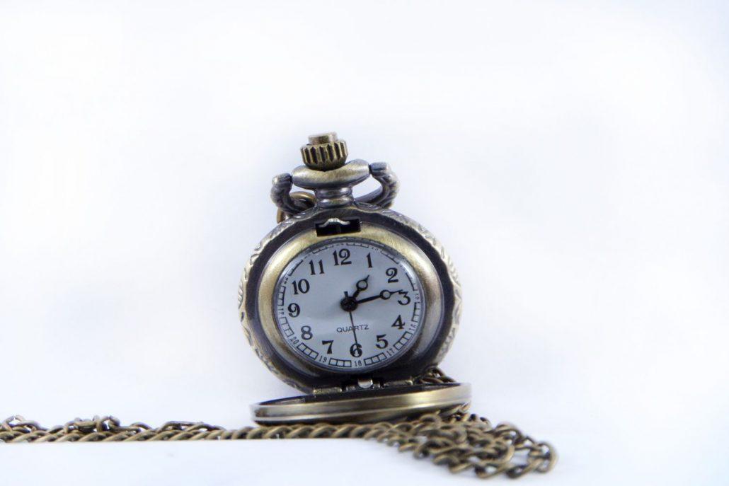 گردنبند رومانتویی دخترانه برنزی ساعت دار با زنجیر 37 سانتی PR-MA108