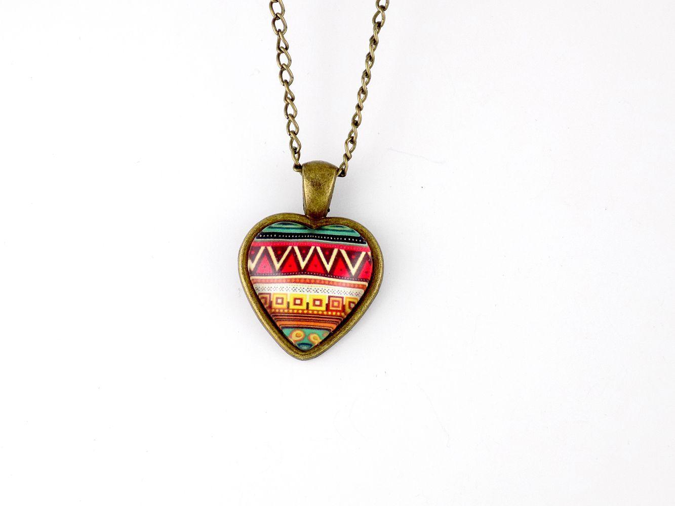 گردنبند رومانتویی طرح قلب رزینی با زنجیر 37 سانتی دولا pr-ma115 از نمای نزدیک