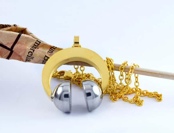 گردنبند طرح هدفون استیل طلایی و نقره ای با زنجیر 22 سانتی pr-g114