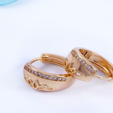 گوشواره ژوپینگ حلقه ای طرح طلا و با نگین های کریستالی سفید ER-N124 از نمای نزدیک