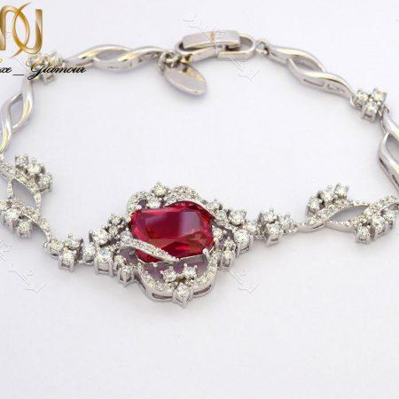 دستبند زنانه جواهری کلاسیک کلیو با نگین قرمز سواروفسکی Ds-n172 عکس اصلی
