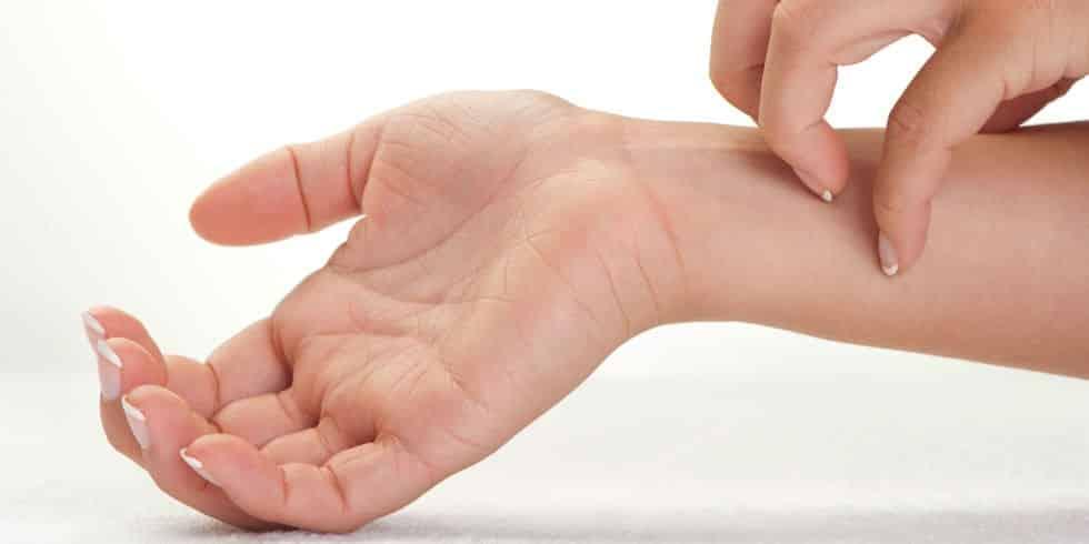 عوامل ایجاد کننده حساسیت پوستی به زیورآلات و راه حل های رفع حساسیت