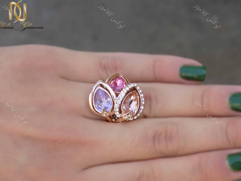 انگشتر جواهری رزگلد کلیو با نگین های سواروسکی اصل rg-n165 از نمای کنار