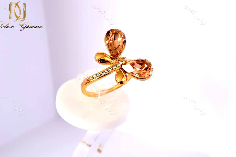انگشتر دخترانه طلایی طرح پروانه کلیو با کریستال های سواروسکی rg-n026 از بالا