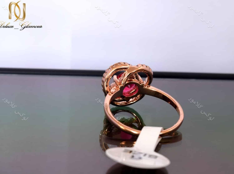 انگشتر رزگلد دخترانه کلیو با کریستال قرمز سواروسکی rg-n027 (2)