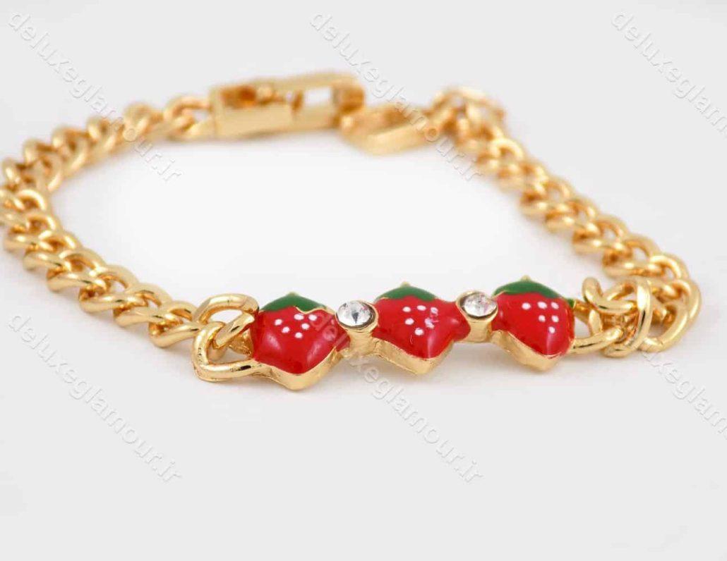 دستبند بچه گانه استیل با طرح توت فرنگی و طول 15 سانتی و قفل جعبه ای ds-n187 از نمای پایین