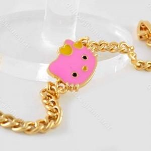 دستبند بچه گانه استیل طرح کیتی با طول 18 سانتی ds-n192 از نمای کنار