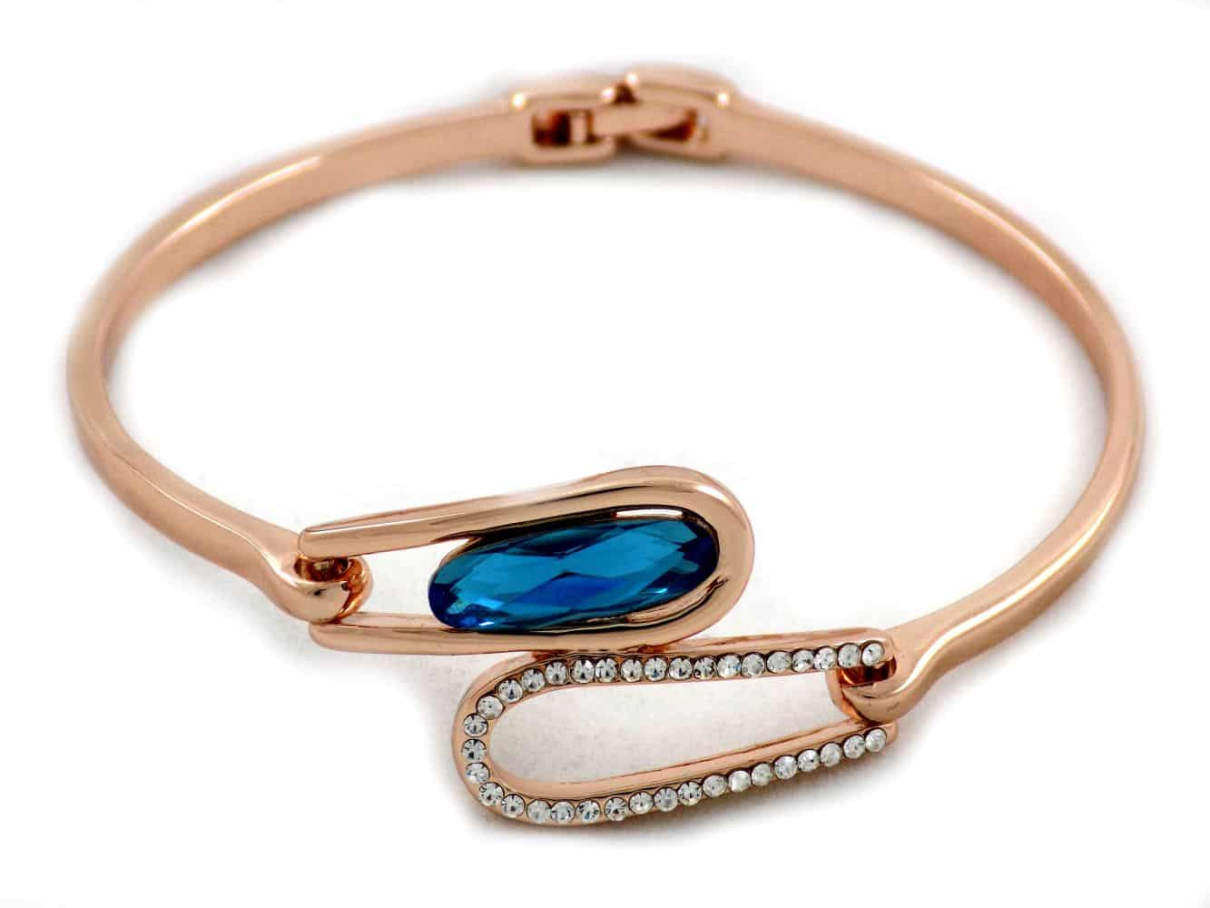دستبند دخترانه جواهری رزگلد کلیو با نگین های سواروسکی اصل ds-n195 از نمای پایین