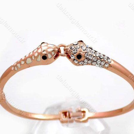 دستبند دخترانه رزگلد جواهری کلیو با نگین های سفید سواروسکی ds-n191 از نمای بالا