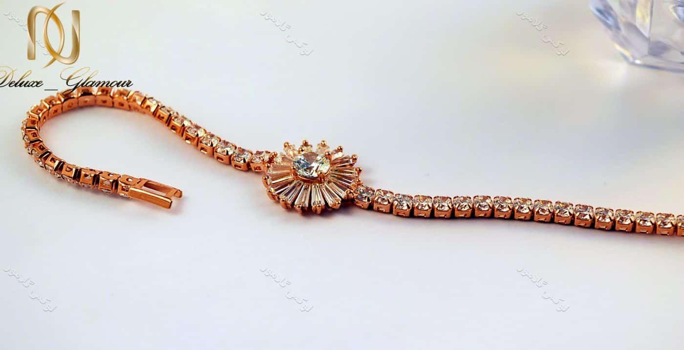 دستبند دخترانه طرح قاصدک کلیو با کریستالهای سواروسکی Ds-n189 درازکش