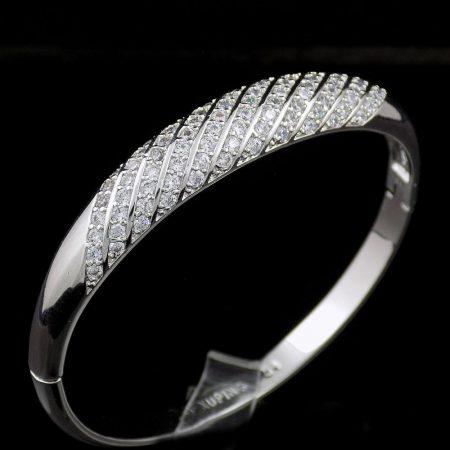 دستبند دخترانه ژوپینگ با روکش رادیوم و نگین های سفید کریستالی زیرکونیا ds-n173 از نمای بالا