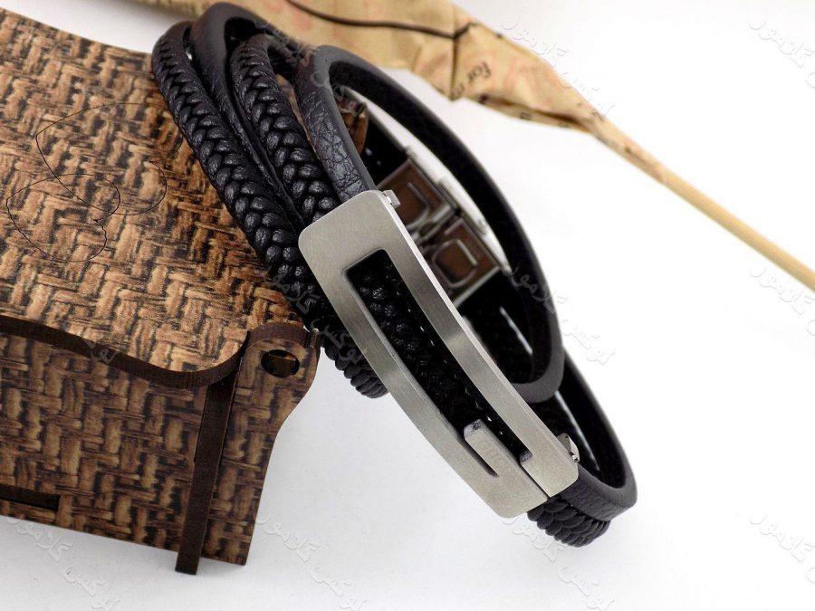 دستبند مردانه چرم طرح گوچی با رویه استیل و چرم طرح بافت وساده ds-n184