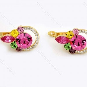 نیم ست دخترانه جواهری طلایی برند کلیو با نگین های رنگی اصل سواروسکی ns-n156 از نمای گوشواره