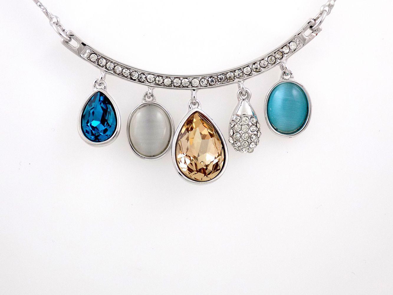 گردنبند دخترانه جواهری کلیو با نگین های رنگی سواروسکی اصل Nw-n132 از نمای نزدیک