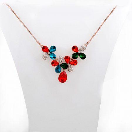 گردنبند دخترانه رزگلد کلیو با نگین های رنگی سواروسکی اصل nw-n133 از نمای استند