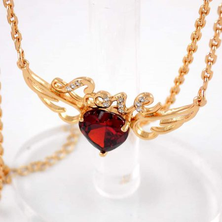 گردنبند دخترانه ژوپینگ با طرح آنجل و نگین قرمز طرح قلب nw-n135 از نمای بالا