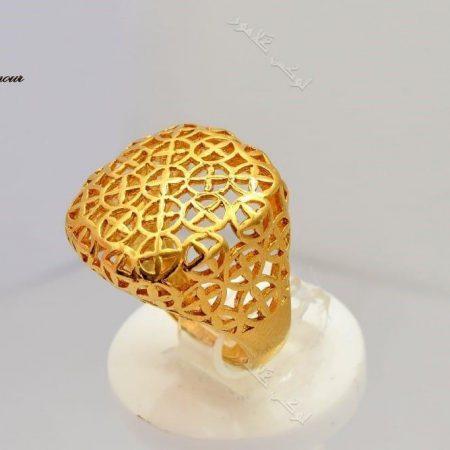 انگشتر طرح طلای برنجی مدل توری با تاج برجسته ی مربعی Rg-n145 عکس اصلی