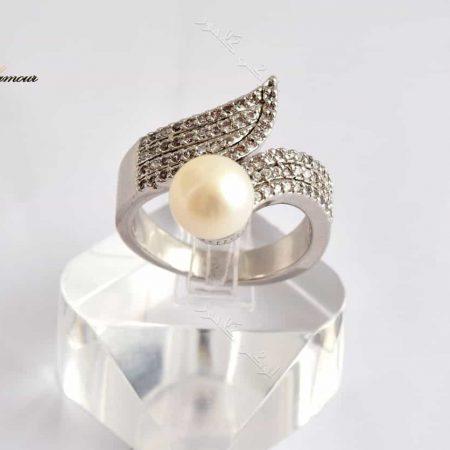 انگشتر نقره ای زنانه کلیو با مروارید پرورشی و کریستالهای سواروفسکی Rg-n144 عکس اصلی