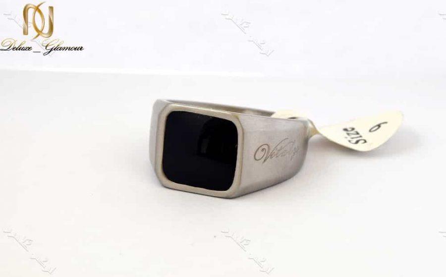 انگشتر مردانه ویتالی با جنس استیل و تاج مربعی مشکی Rg-n154