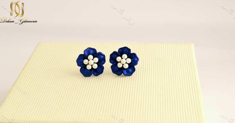 گوشواره دخترانه فانتزی طرح گل آبی برند کلیو Er-n1128 عکس از روبرو