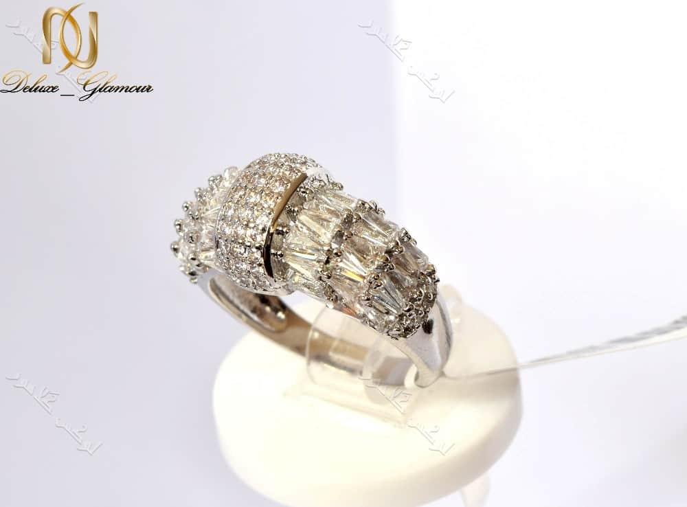انگشتر جواهری زنانه کلیو با کریستالهای سواروفسکی اصل Rg-n163 عکس اصلی