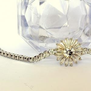 دستبند دخترانه نقره ای طرح قاصدک کلیو با کریستالهای سواروسکی Ds-n193 عکس از نزدیک